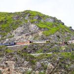 Zug am Fels - Teufelsnase